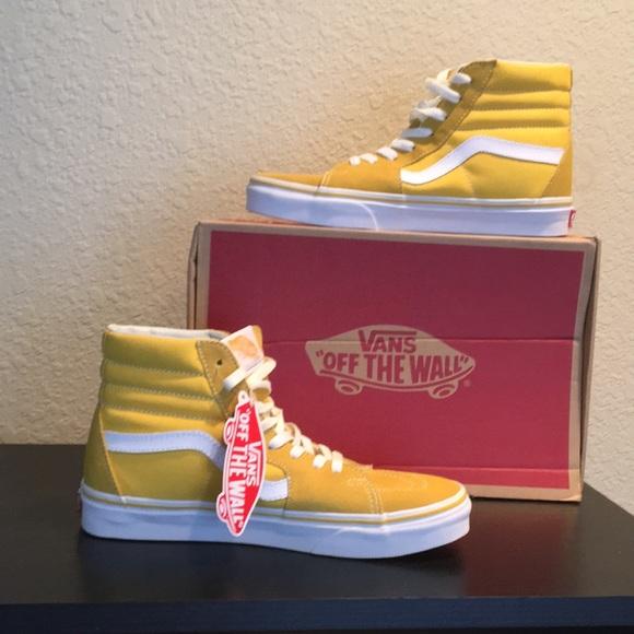 Vans Yellow Hi Tops Suede canvas Sk8 hi new 7abf79cdc